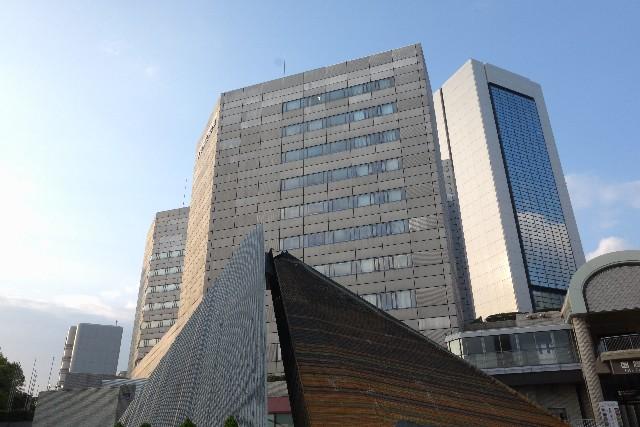 多機能遮熱塗料は高度な反射性能でビルの空調費削減を提案