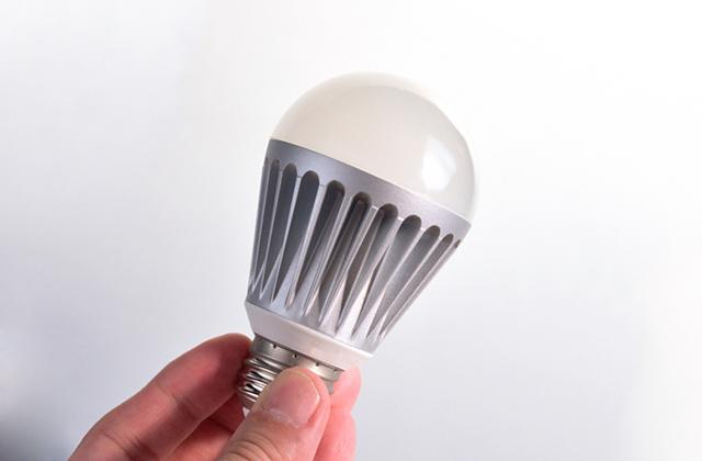新電力とLED導入で年間約1.8億円のコスト削減