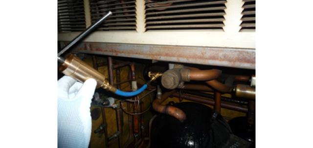 金属の摩耗を修復して、冷凍冷蔵・空調設備を新品に近い状態にしてくれるエネデュース