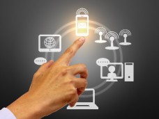 総務・経理・人事の効率化に役立つユニークなクラウドサービス