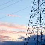 新電力より部分供給を受けて電気代を削減する手法