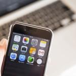 iPhoneが高性能バーコードスキャナーに!シーン別に見る業務改革例